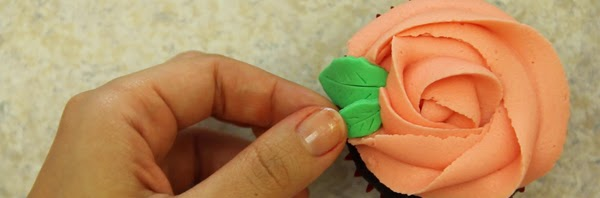 b_cupcake-rosa-rose-how-to