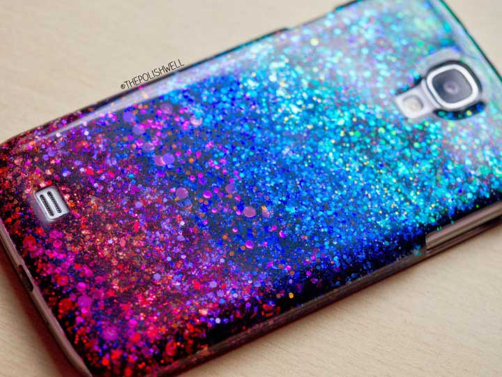 10 fundas decoradas para el celular que debes intentar craftingeek - Como decorar una funda de movil ...