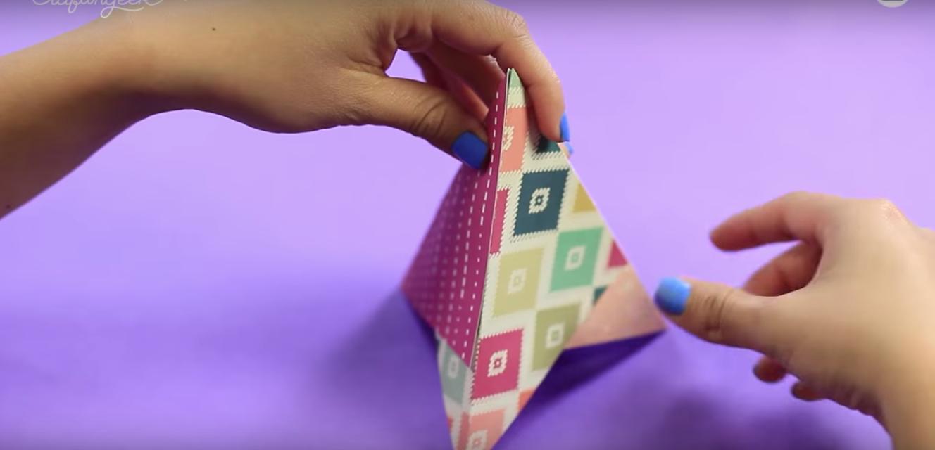 tarjeta triangular