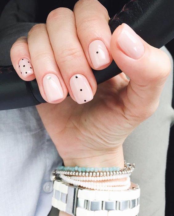 Inspiración de uñas: Nailart minimalista